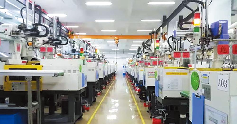 上海工場の成形部門