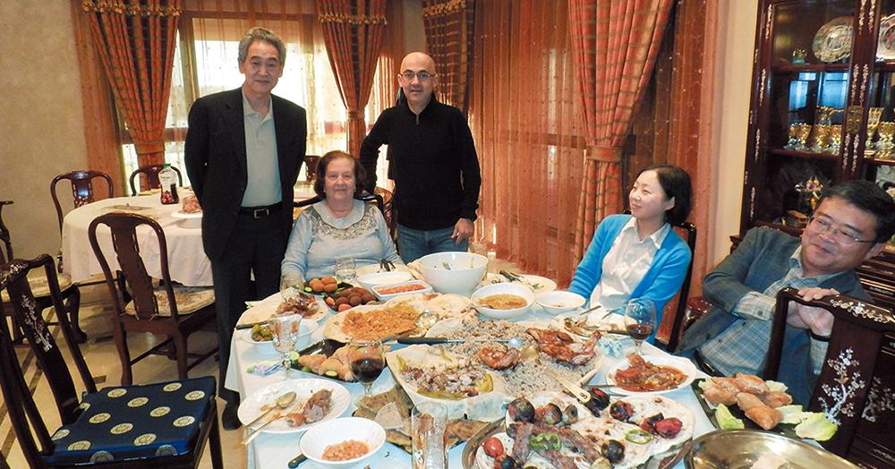 イラク人の家に招待された川村社長