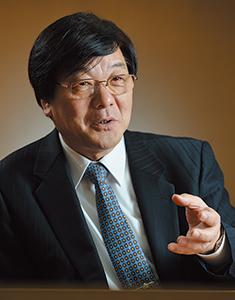 高橋常夫 代表取締役会長 グループCEO。